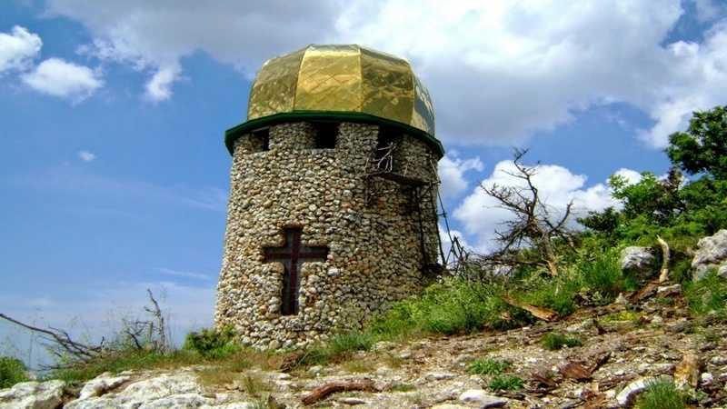 Походы по Крыму на Мангуп-Кале