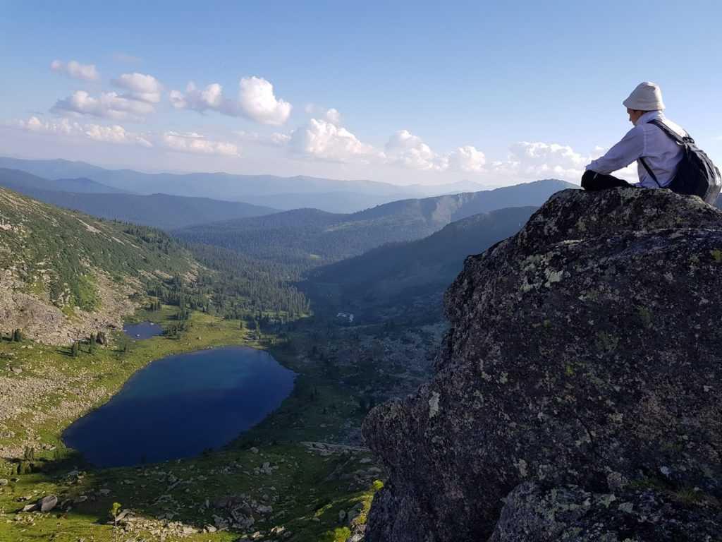 Озеро Мраморное – вид с перевала Курсантов, Ергаки
