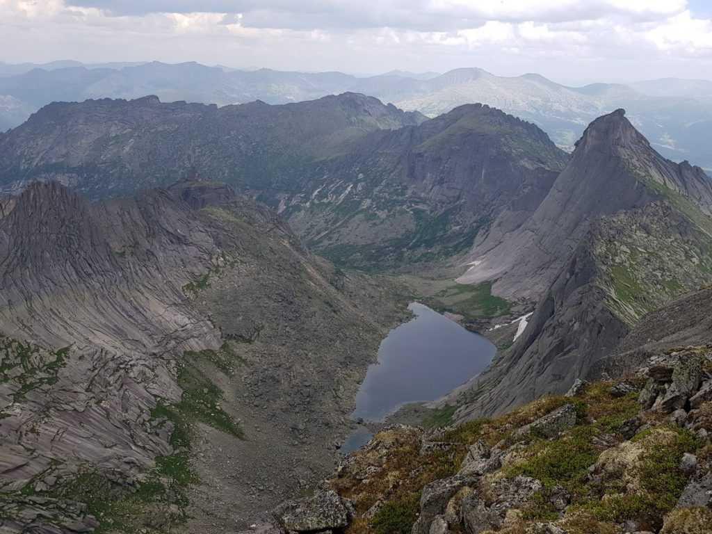 озеро Ледяное Ергаки